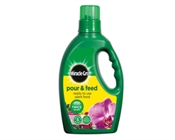 Miracle-Gro Pour & Feed RTU 1Lt