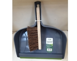 Crest Garden Large Dustpan & Brush