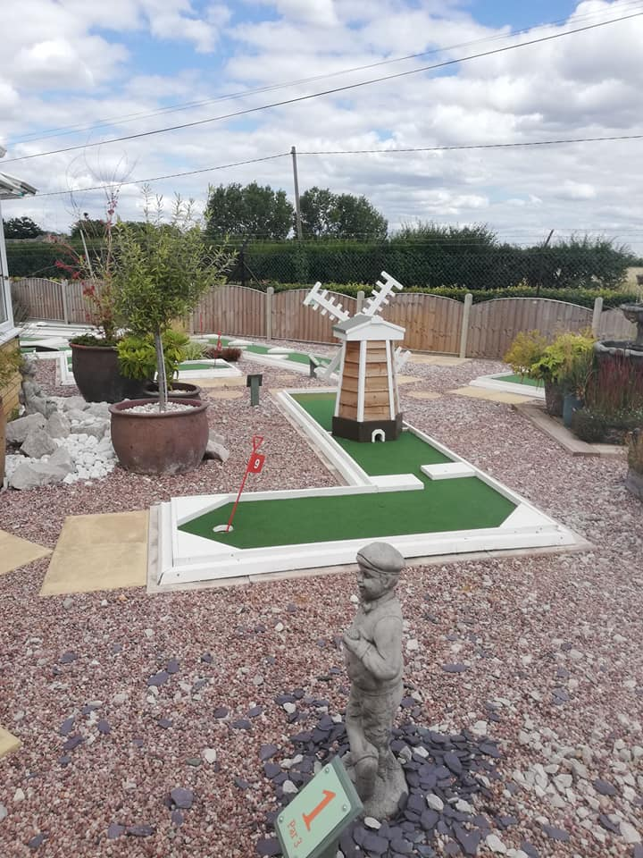 Image of the mini-golf course